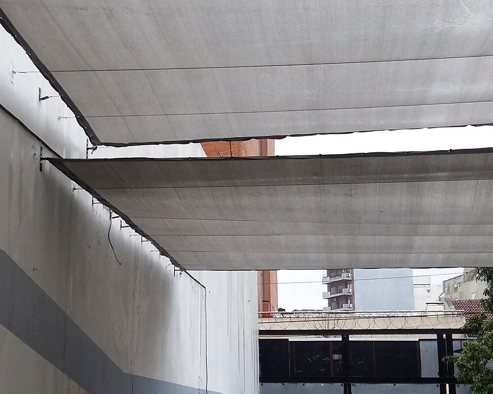 Media Sombra en estacionamiento Honda